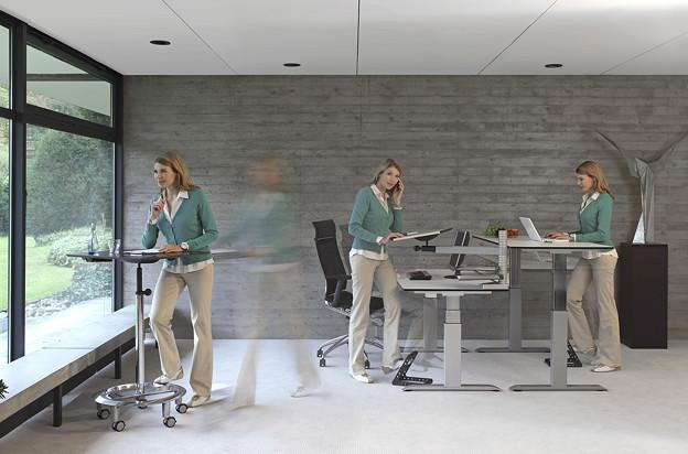 Sitz-Steh-Tische von officeplus
